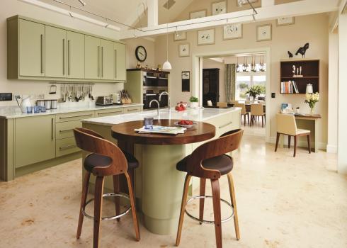 Charles Yorke Valencia kitchen